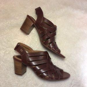 NEW Clarks Ralene Luster Block Heel Sandals